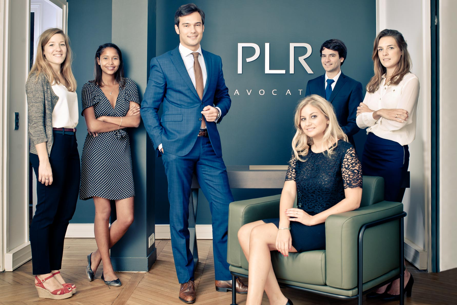 Photographie de présentation collective des collaborateurs d'un cabinet d'avocat